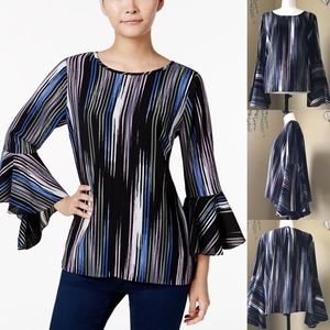 ⭐️Host Pick⭐️ Vince Camuto Bell Sleeved Blouse